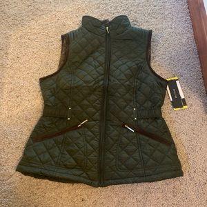 Weatherproof Dark Green Vest Quilted Puffer
